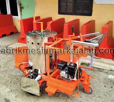 Mesin Marka Jalan Semi Otomatis